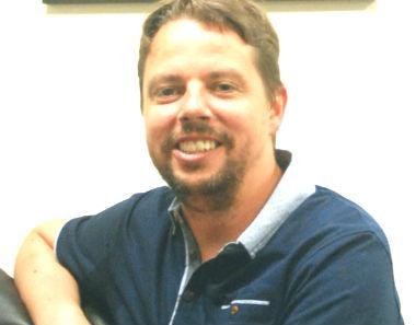 Dr Alan  Cuthbertson